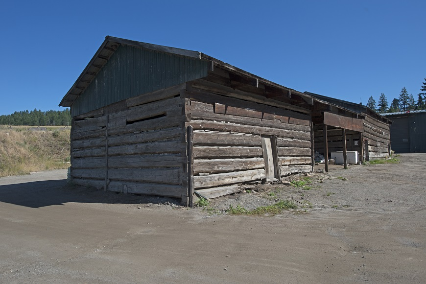 Barn at Predator Ridge